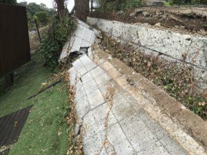 ブロック塀の倒壊